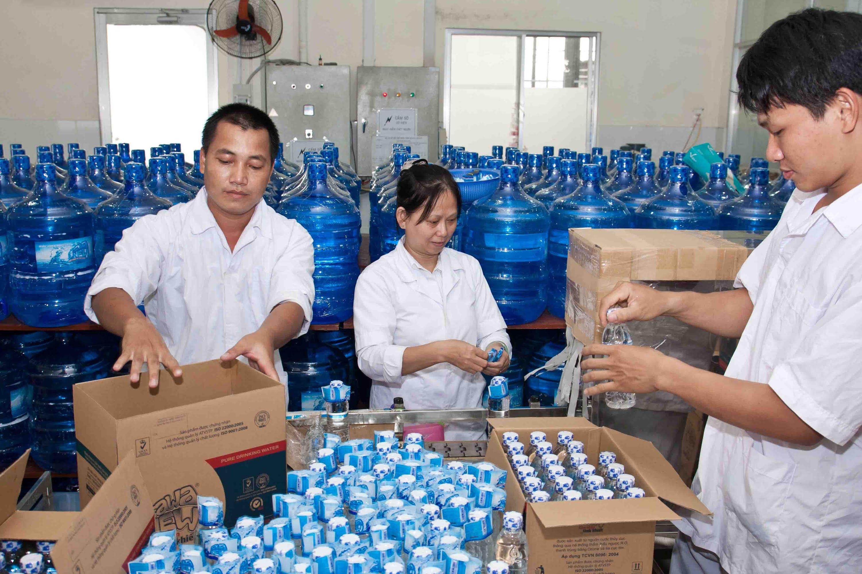 Nơi cấp giấy chứng nhận vệ sinh an toàn thực phẩm cho cơ sở sản xuất nước uống đóng chai?